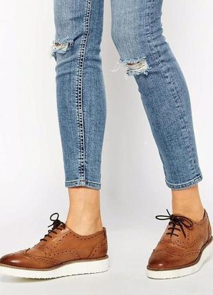 Туфли броги