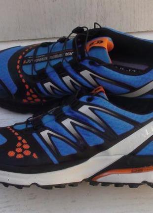 Salomon - трекинговые кроссовки