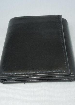 Кошелек кожаный черный компактный