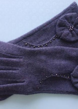 Изящные перчатки осенние