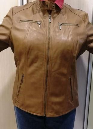 Новая кожаная женская куртка весна-осень 48 р.