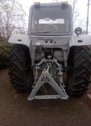 Трактор МТЗ 82 і плуг