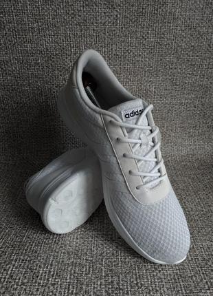 Adidas оригинальные кроссовки 46