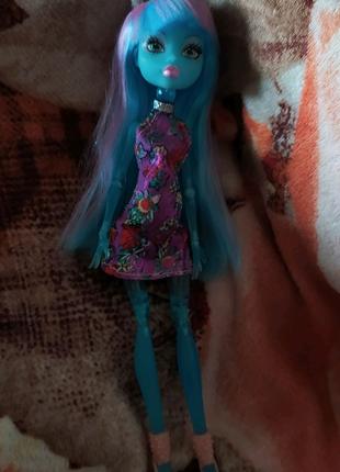 Поддельная кукла Монстер Хай