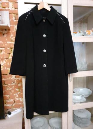 Изысканное кашемировое пальто с карманами большого размера фра...