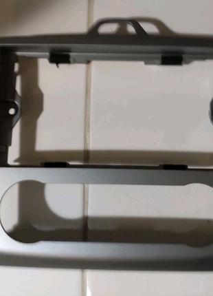 Рамка під магнітолу і клімат контроль Ford Focus 2