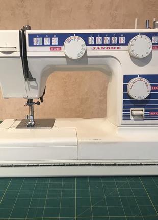 Швейная машина Janome L-397b