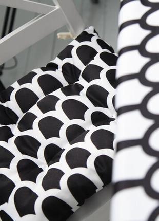 Подушка на стул с завязками чешуйчатый черно-белый узор 40x40 ...