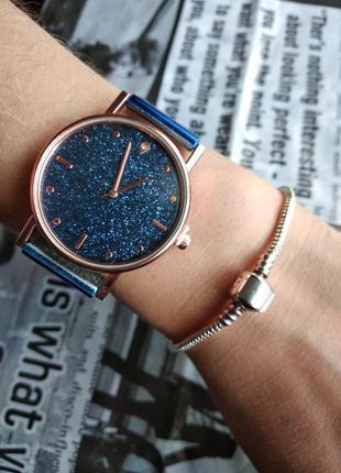 Часы наручные женские синие на силиконовом ремешке годинник