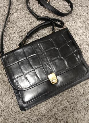 Превосходная кожаная деловая сумка