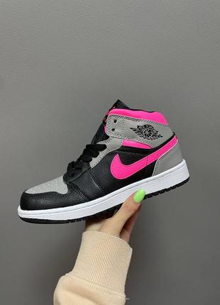 Кроссовки nike air jordan retro 1 mid «shadow pink»