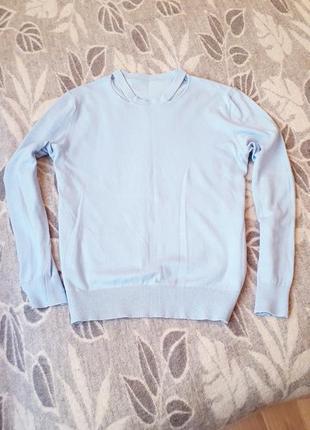 Трикотажный свитерок небесного цвета