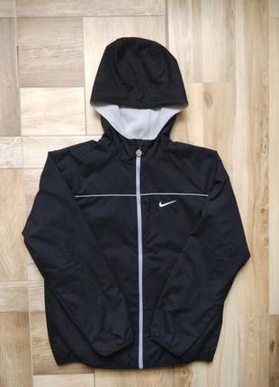 Куртка від Nike