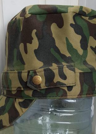 Висока кепка камуфляж