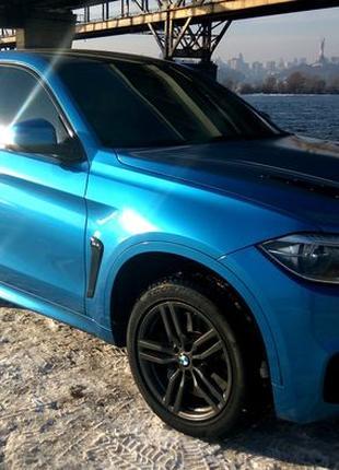 Внедорожник BMW X6 М50D синий
