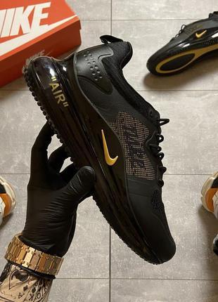 Nike air max 720 black gold