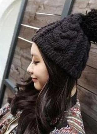 13-248 крута шапка с помпоном модная вязаная