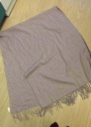 Шикарний шерстяной большой шарф
