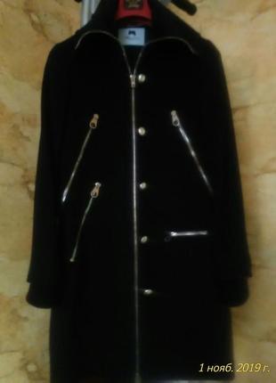 Пальто blumarine из кашемира оригинал