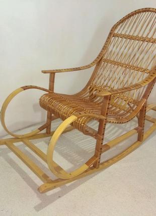 Кресло - качалка из лозы