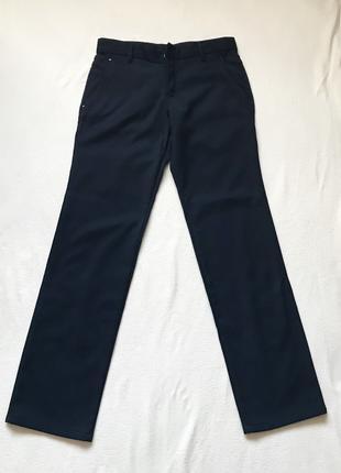Темно-синие мужские штаны брюки