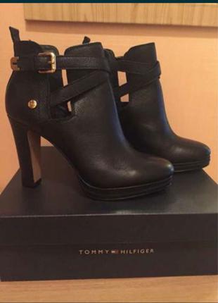Взуття Tommy Hilfiger