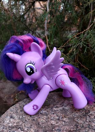 Пони Звездочка Сумеречная Искорка с подвижными крыльями Hasbro