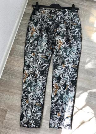 Шикарные прямы брюки, нарядные брюки, штаны со стрелкой из пар...