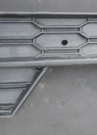 Skoda Octavia Накладка противотуманной фары 5E0807682F9B9