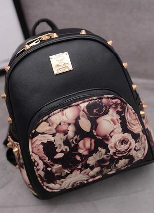 Рюкзак женский городской черный с шипами и розами