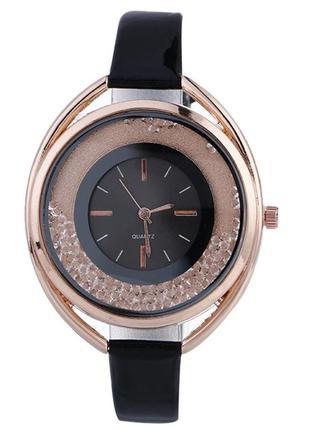 Часы черные женские с камешками в циферблате