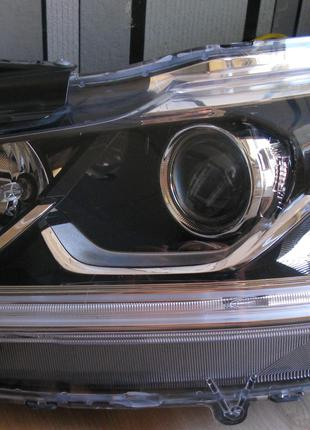 Honda Accord Фара 33150-T2A-A61