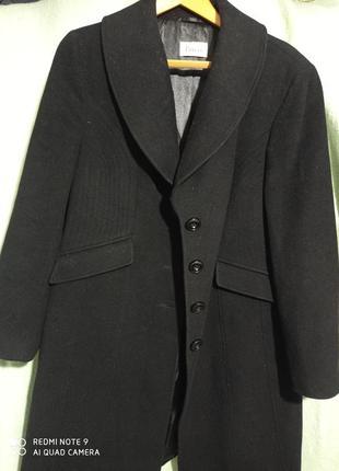 Пальто чёрное шерсть с кашемиром демисезонные средней длины