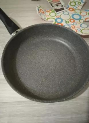 Сковорода Ballarini 28 см