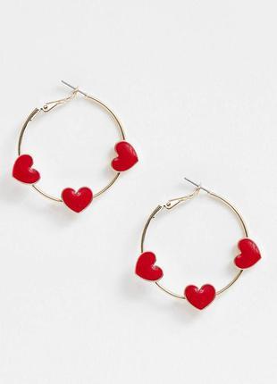 Серьги-кольца с красными сердцами