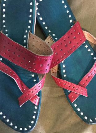 Новые кожаные шлепанцы ручной работы 37,5