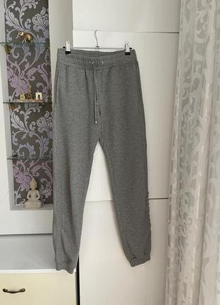 Серые штаны размер м