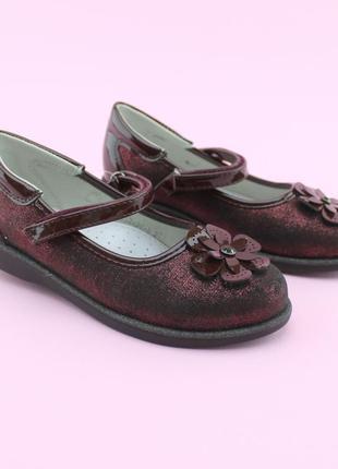Нарядные туфли для девочки в школу