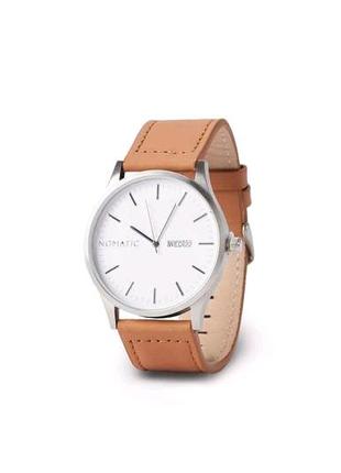 Часы Nomatic швейцарские