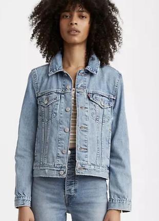 Куртка джинсова жіноча levis  original trucker jacket оригінал