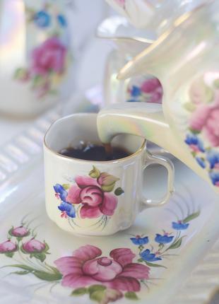 Перламутровый кофейный сервиз. Трегубов. 6 персон