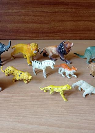Игрушки Фигурки животных -  африка, тигр, медведь