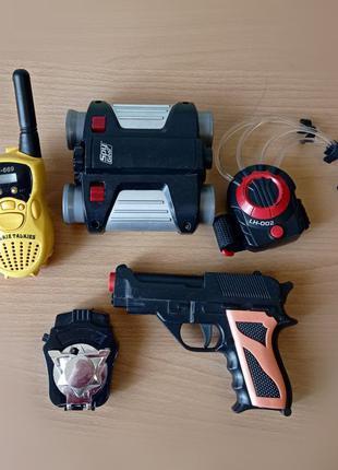 Шпионский набор игрушек, бинокль, рация, пистолет, автомат.