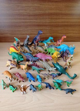 """Набор игрушек """"Динозавры"""" 37 шт"""