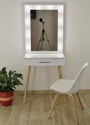 Макияжный столик и гримерное зеркало с подсветкой Zerka 700 mm