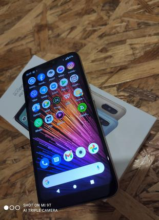 Xiaomi Mi A2 Lite 4/32 Snapdragon 625 оригінал комплект