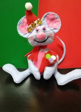 Мышка с подарком из фетра символ года 2020
