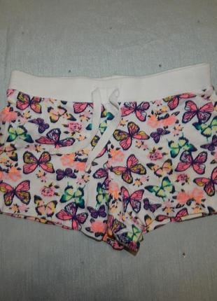 Шорты трикотажные с бабочками на девочки 4-5 лет