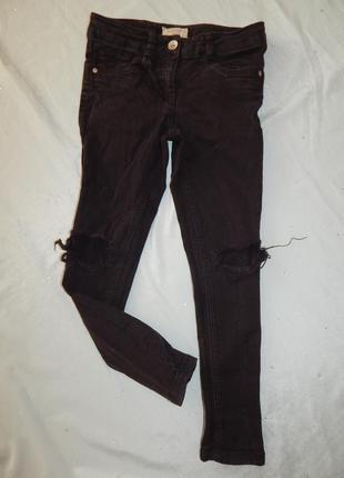 Модные рваные джинсы на девочку с дырками на коленях 10лет 140см