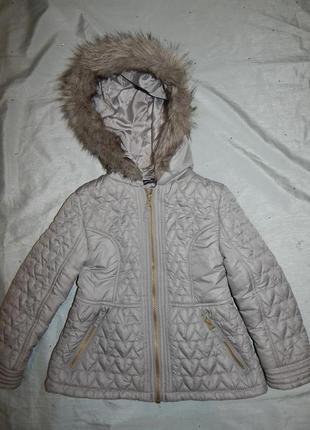 Куртка демисезонная на девочку 6-7 лет 116-122см